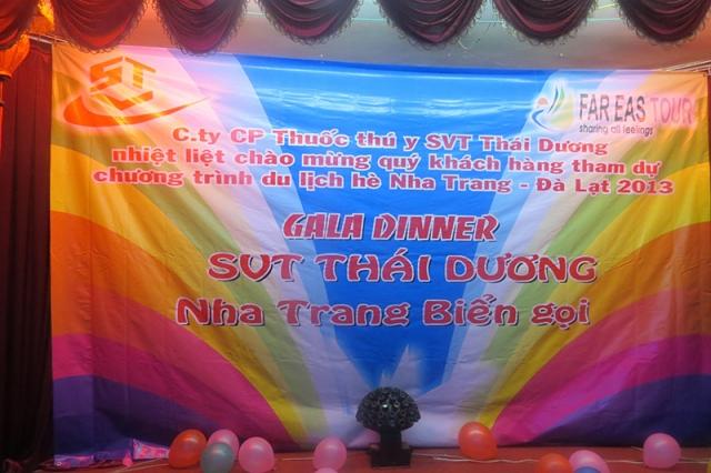Đoàn khách VIP tham gia chương trình du lịch hè Nha Trang - Đà Lạt 2013