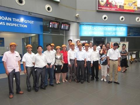 Đoàn khách VIP tham gia chương trình du lịch Thái Lan mùa hè 2012